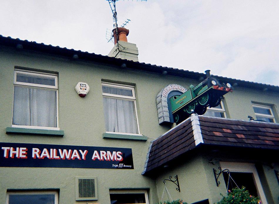 35-railway-arms