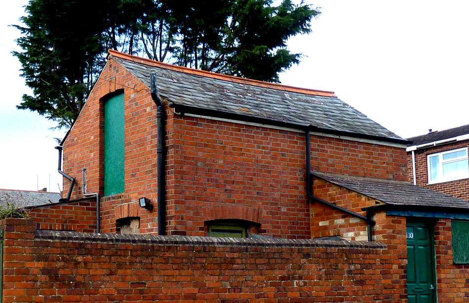 tiny-brick-dwelling